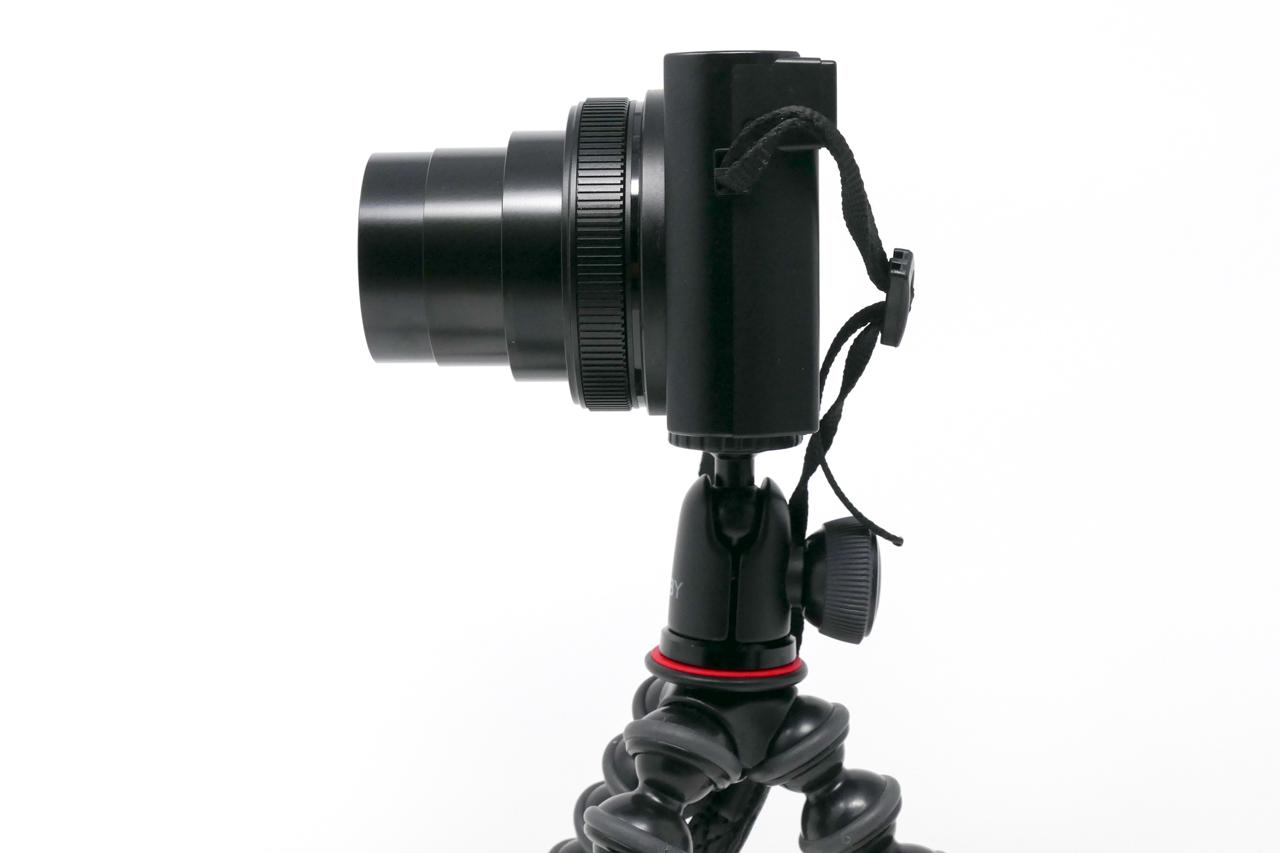 ゴリラポッドとコンパクトカメラ(側面)