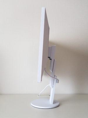 EIZO Flex Scan EV2456のサイド