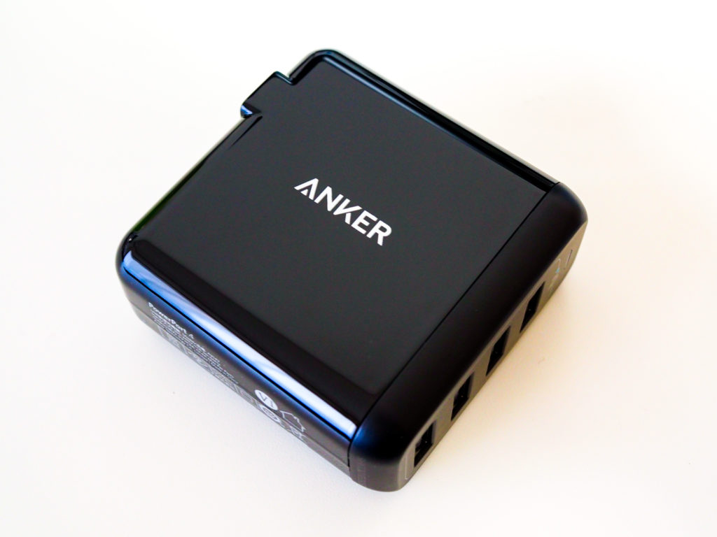 Anker PowerPort 4 ブラック